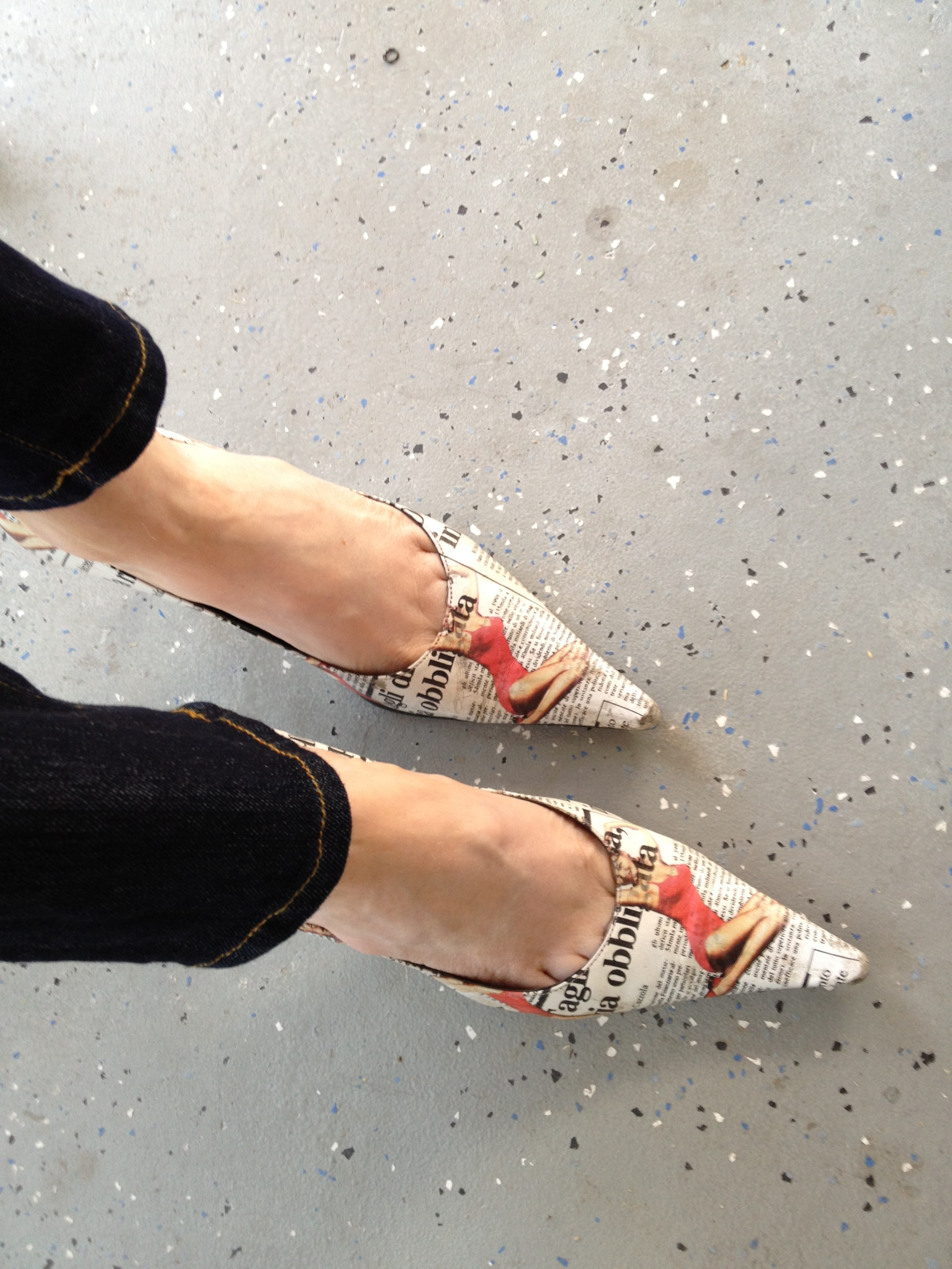 Carlos Santana newsprint pumps, currently crushing