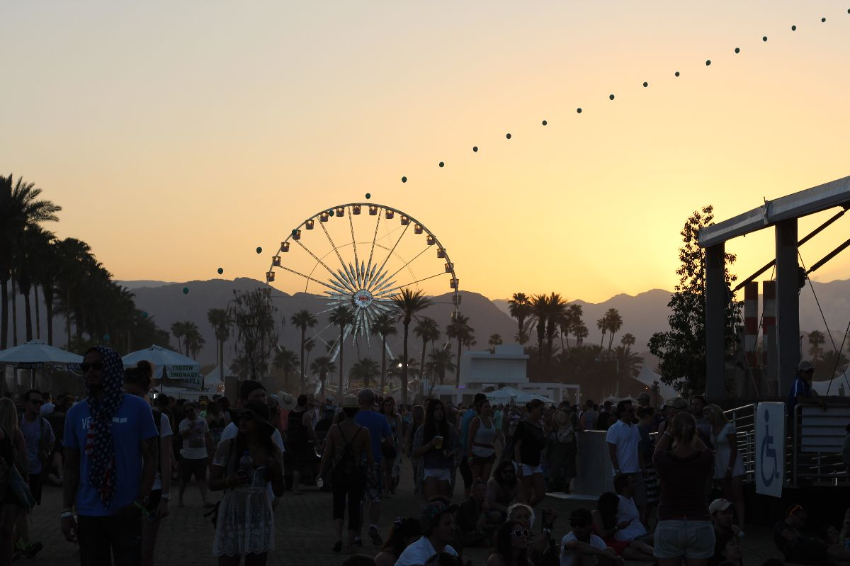 currently crushing, coachella sunset
