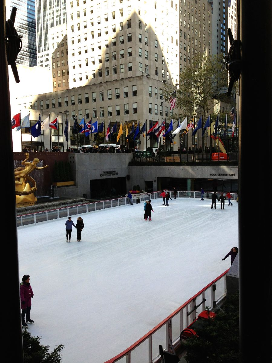 ice skating, rockefeller center,