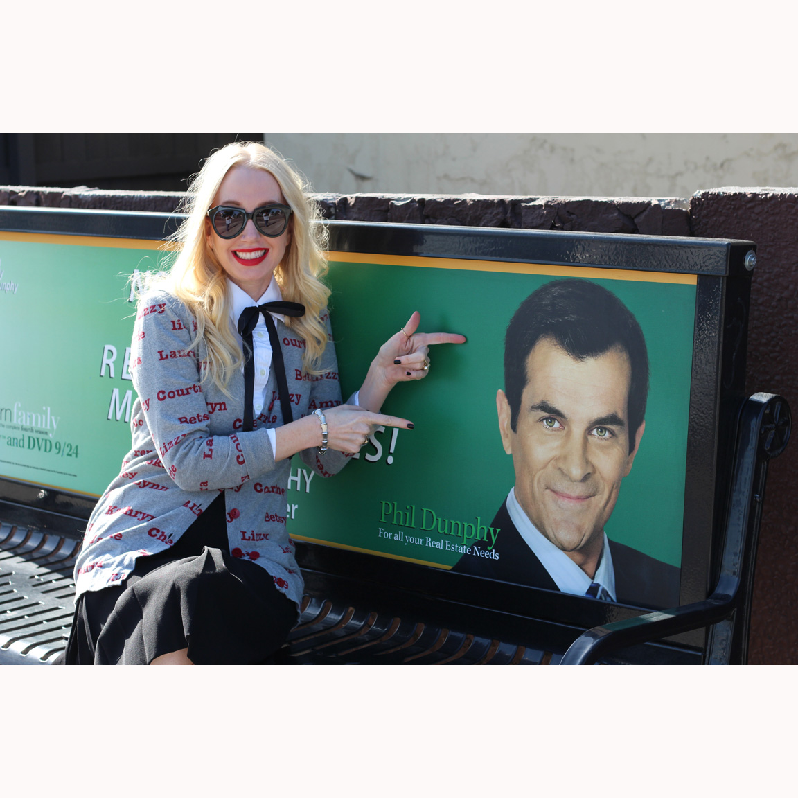 Phil Dunphy, Modern Family bus stop, phil dunphy bench, karen walker number one sunglasses