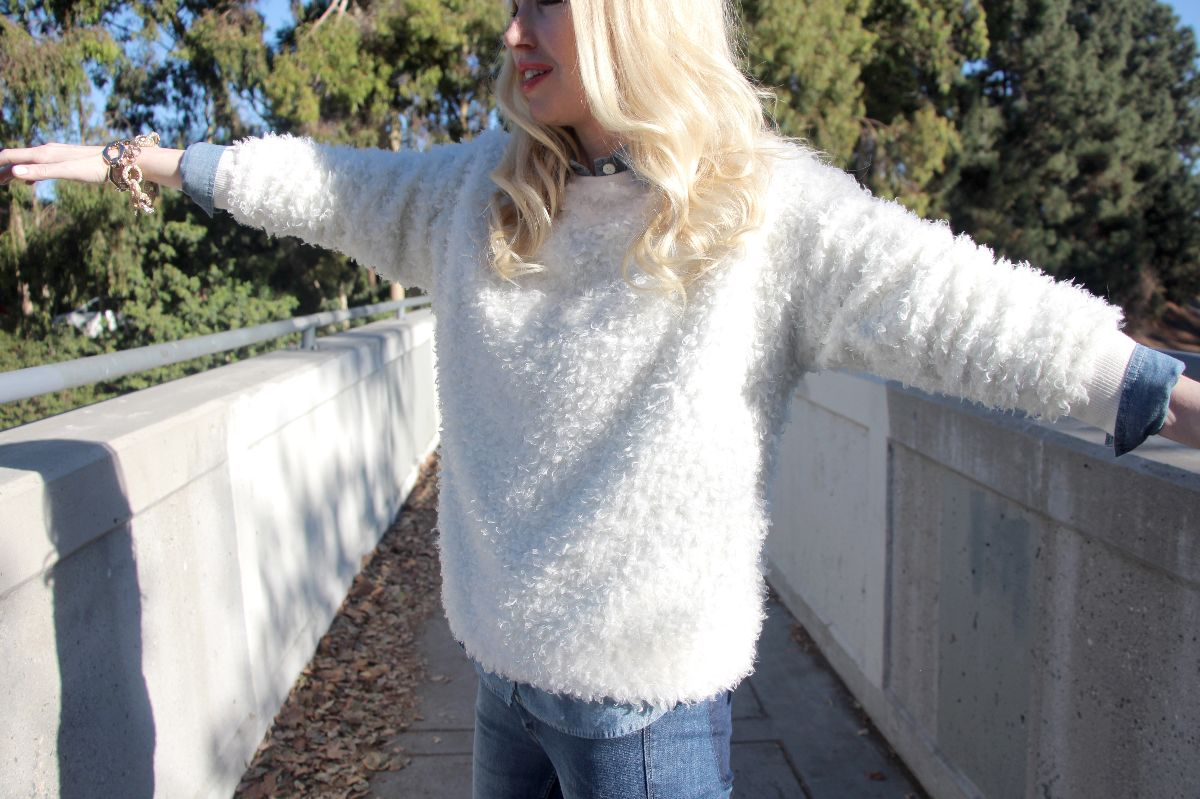 forever 21 furry sweatshirt, white furry sweater, kristixoxo