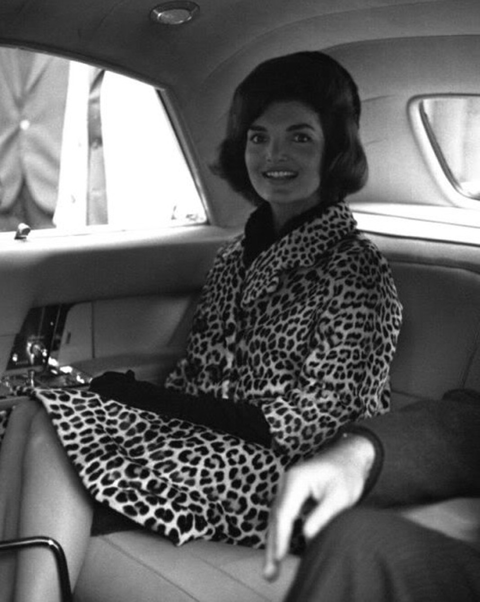 jackie o, leopard coat, currently crushing