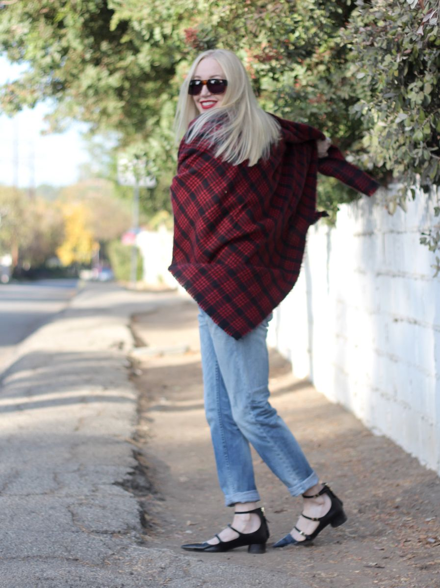 zara plaid scarf, zara pointy toe strappy heels, h & m boyfriend jeans, ivory mason sunglasses, currently crushing