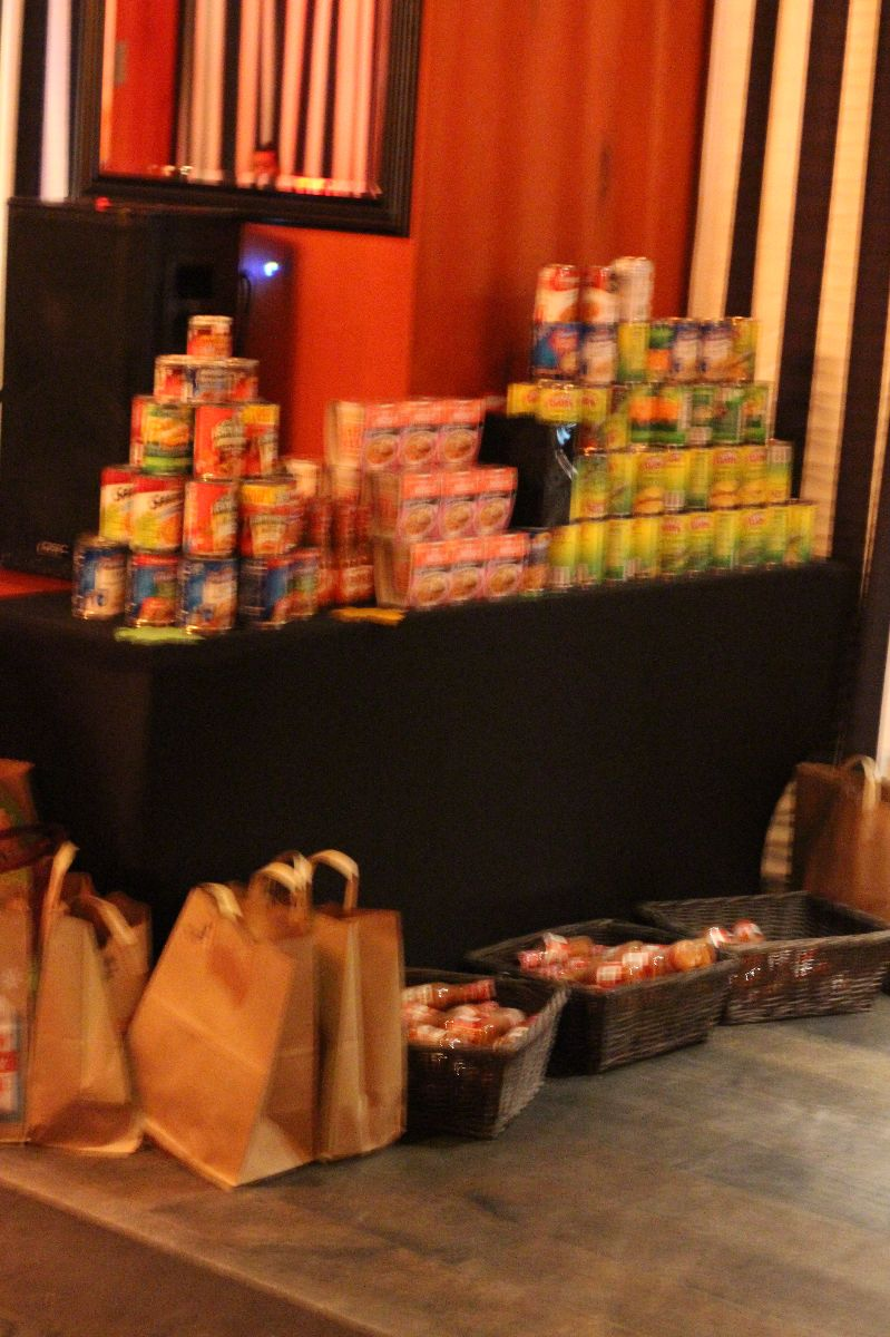 la food bank, thanksgiving food drive, riviera 31, sofitel los angeles, pivotal pr, cureently crushing
