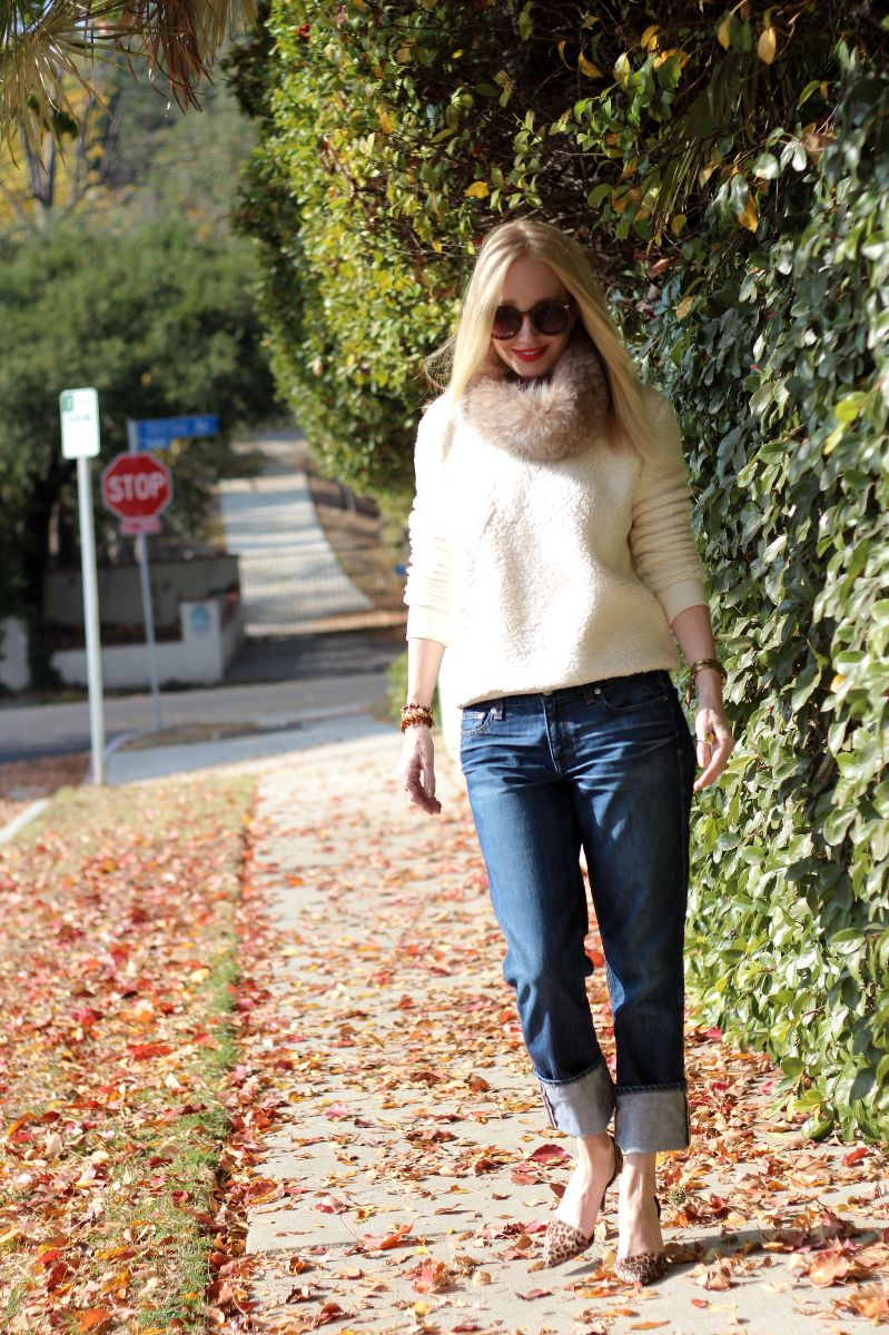 forever 21 fur sweatshirt, j crew boyfriend jeans, fur collar, currently crushing