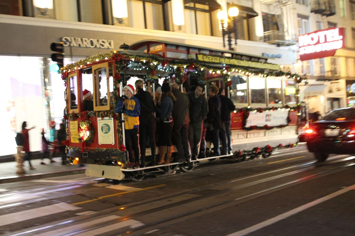cable car, san francisco, christmas