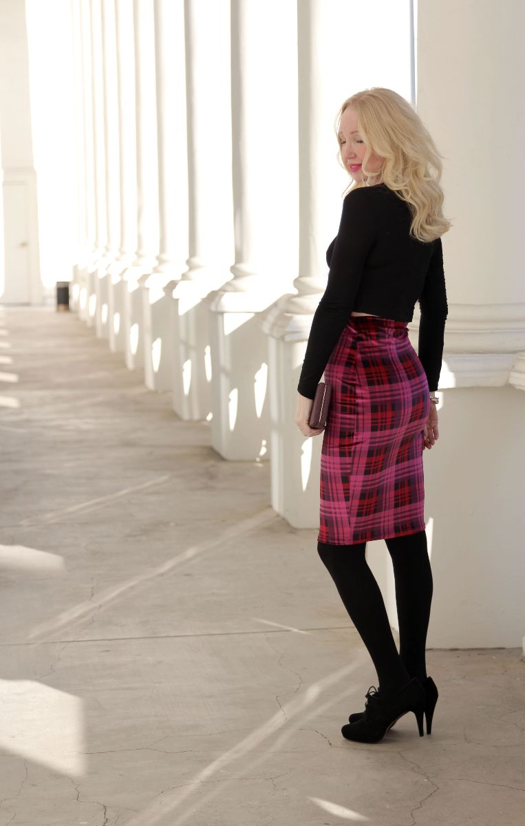 boohoo tartan midi, plaid pencil skirt, boohoo magenta tartan skirt, currently crushing