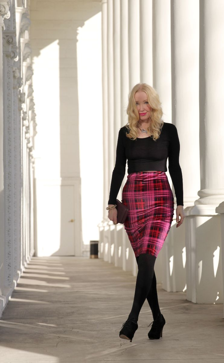 boohoo plaid midi skirt, boohoo magenta tartan midi, currently crushing, plaid midi skirt