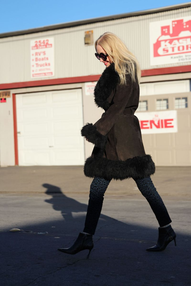 currently crushing, vintage suede coat with fur cuffs and collar