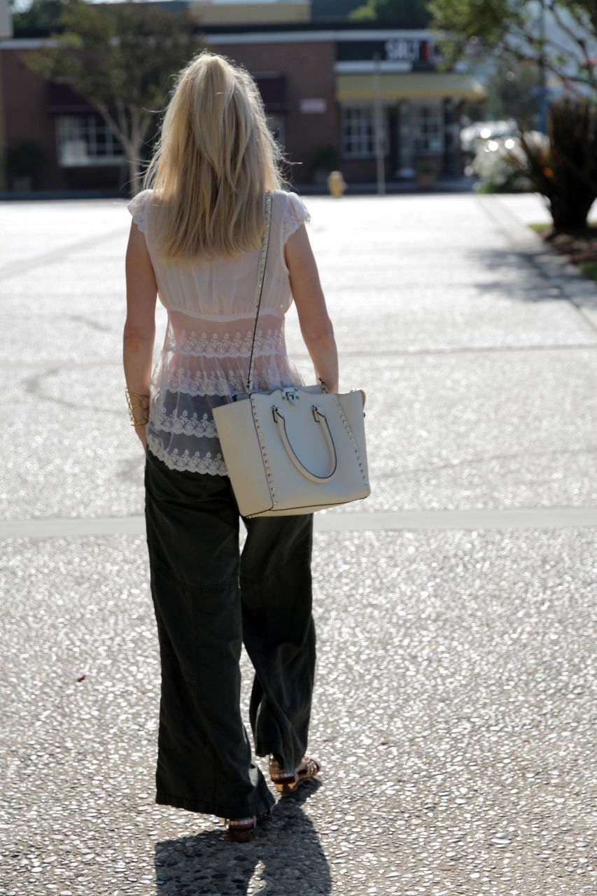currently crushing, wide leg pants, white valentino rockstud tote