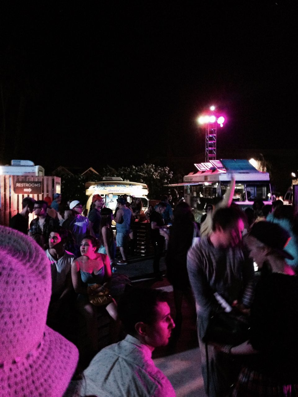 currently crushing, forever 21 coachella party