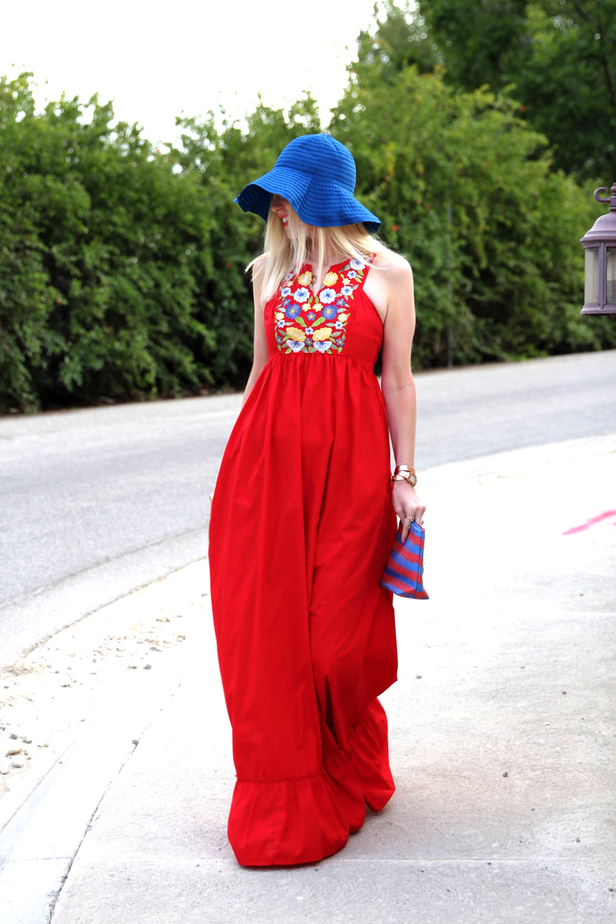currently crushing, eshakti red maxi dress, cappelli straworld pack a hat