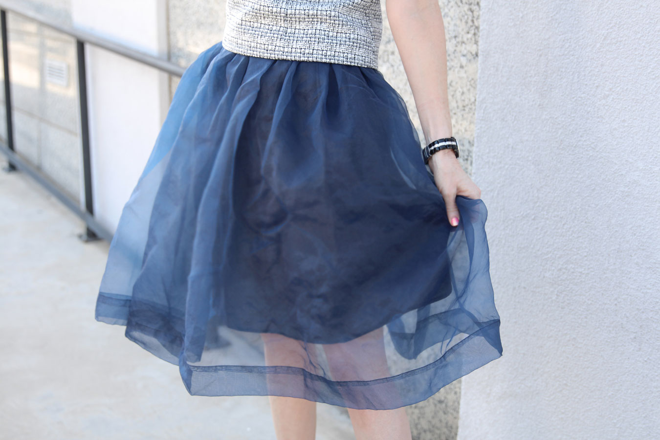 currently crushing, chicwish blue organza midi skirt