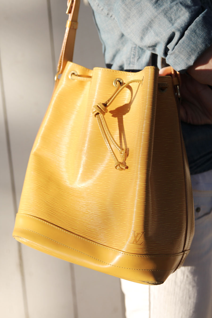 currently crushing, louis vuitton yellow champagne bucket bag