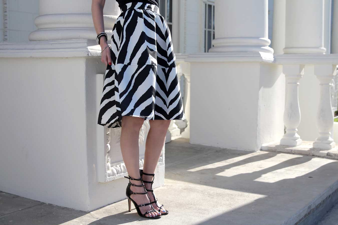 currently crushing, express zebra skirt, bcbgeneration sandals