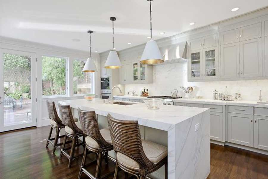 White Carrera marble for the kitchen and bathroom | Currently Crushing