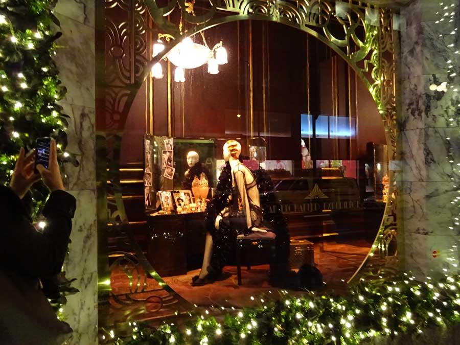 5th Avenue Christmas displays
