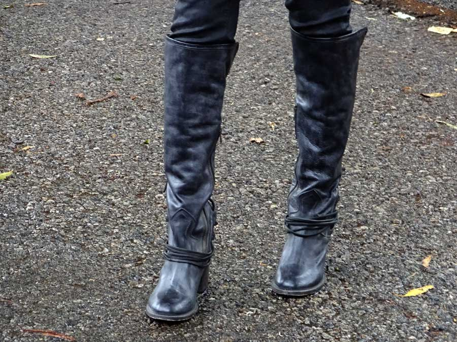 currently crushing, zappos, paige denim coated skinny jeans, freebird coal boots