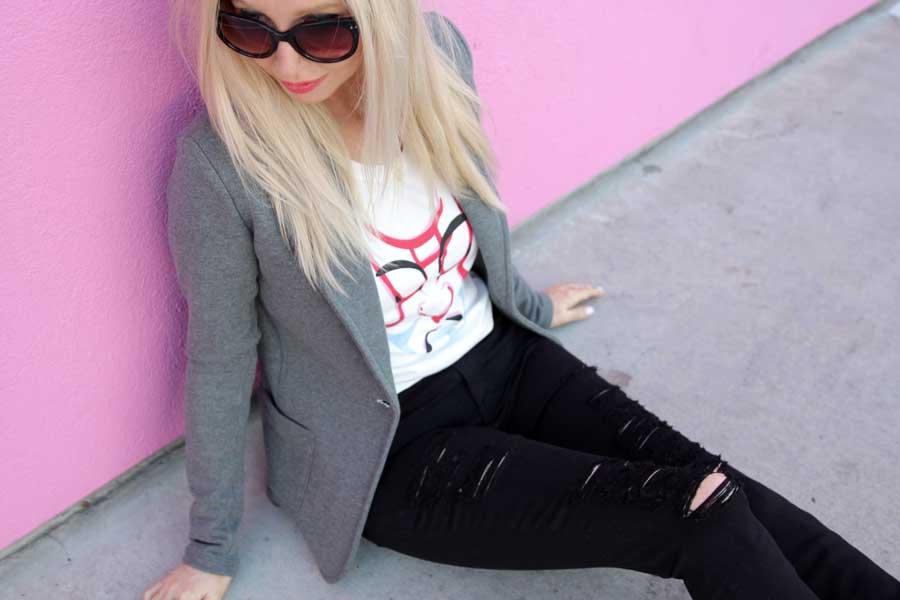 black denim skinny jeans