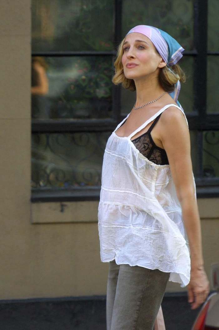 carrie bradshaw outfit inspiration