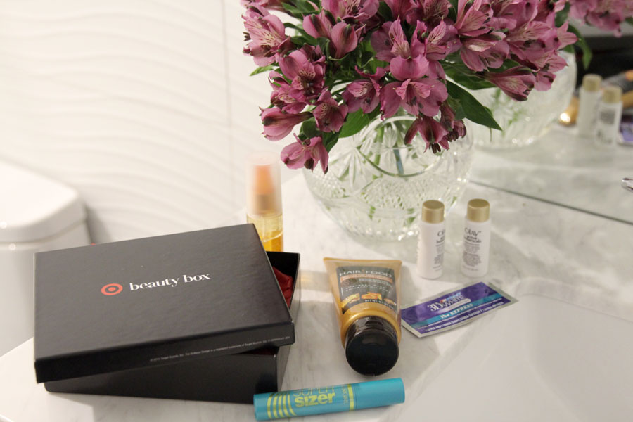 Target Summer beauty box review, covergirl super sizer mascara, currently crushing
