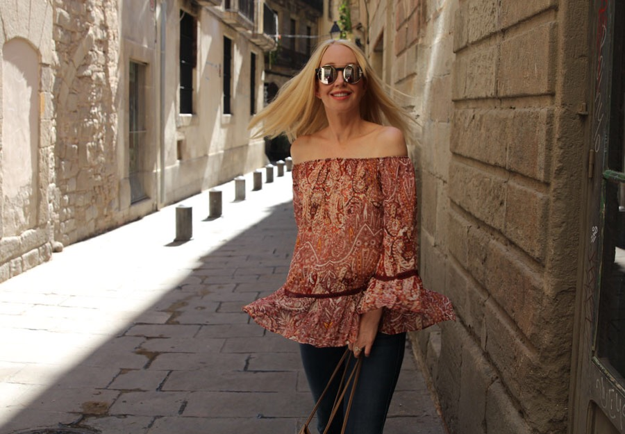 currently crushing, willow and clay off the shoulder blouse, sunday somewhere sunglasses, barcelona travel