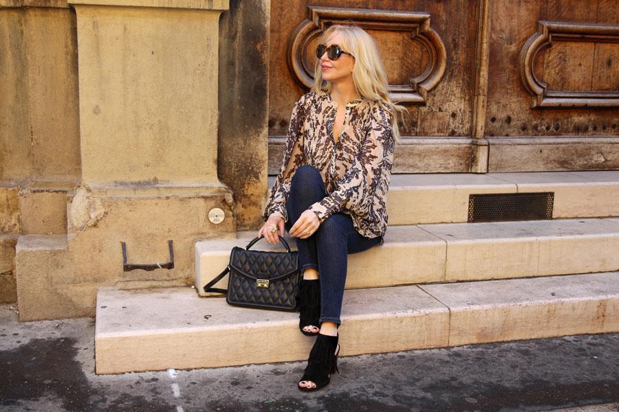 currently crushing, hm studio AW 16 chiffon blouse, Vera Bradley Lydia bag, sam edelman peep toe booties fringe, sunday somewhere sunglasses, provence travel