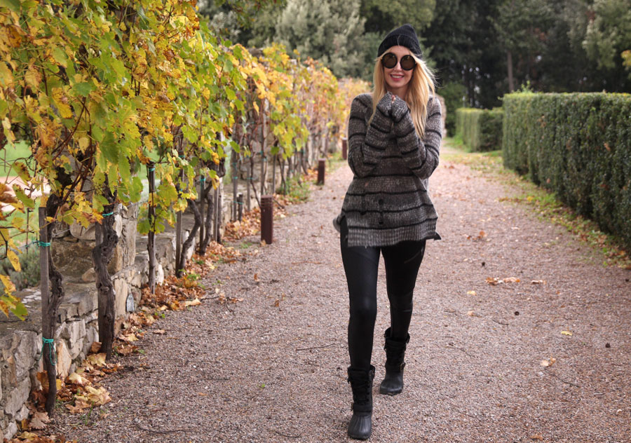 currently crushing, pam and gela tie back sweater, express moto leggings, sperry saltwater misty boots, tuscany travel, sunday somewhere sunglasses