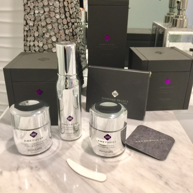 currently crushing, kristals gmstone skincare, kristals cosmetics, beauty review
