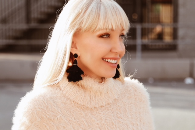 currently crushing, free people sweater, bauble bar feather earrings, bauble bar sale code, feather earrings, long hair with bangs,