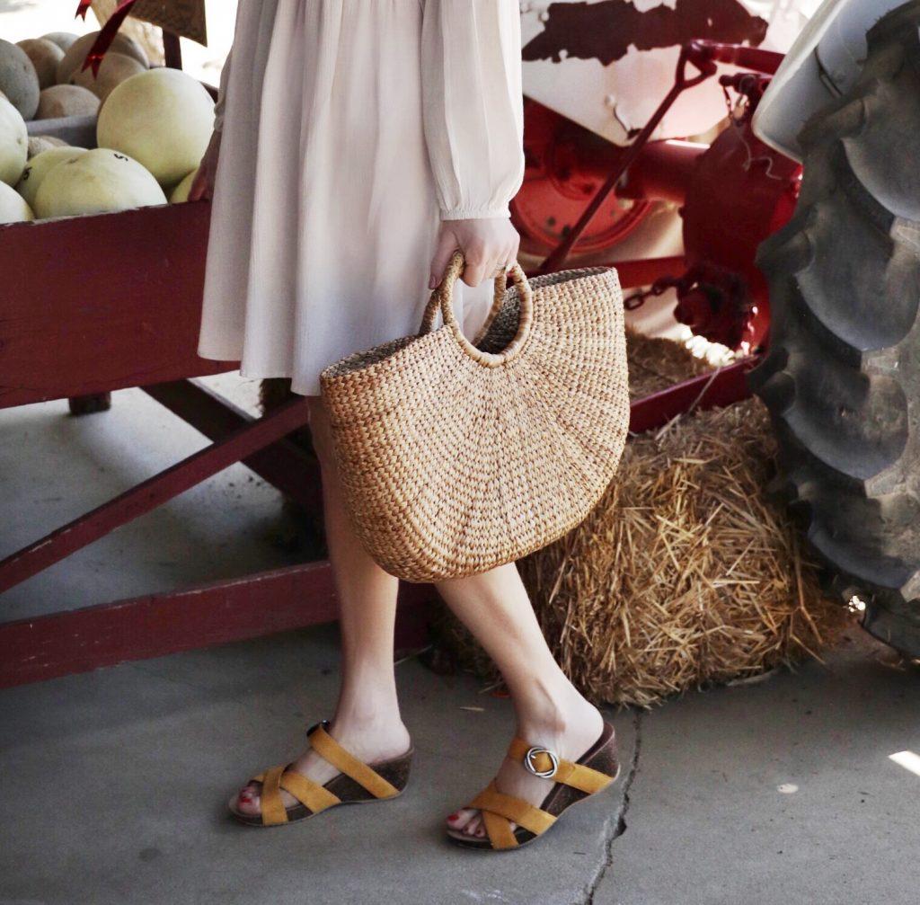 currently crushing, zappos, dansko summer sandals, summer style, summer sandal sale, cutest sandals 2019