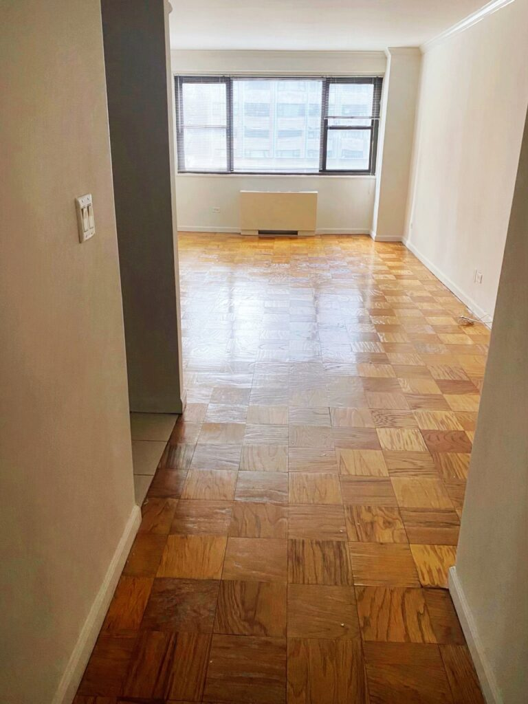 nyc apartment, currently crushing, doorman building